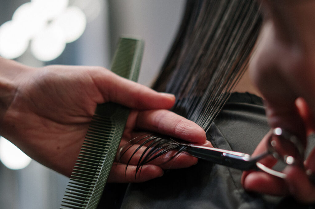 Curso de corte de pelo entre los cursos de Domeka Vera
